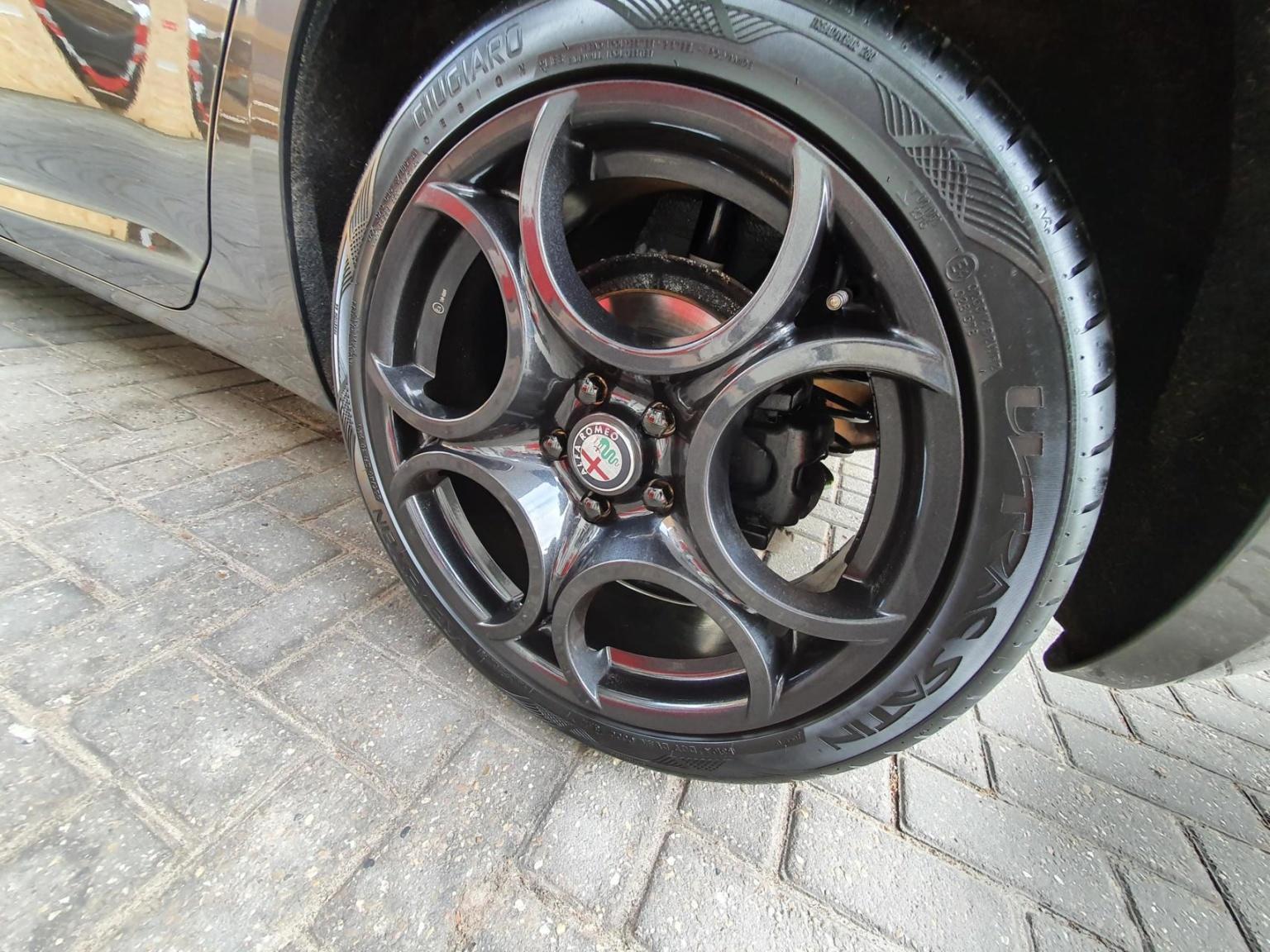 Alfa Romeo-Giulietta-8
