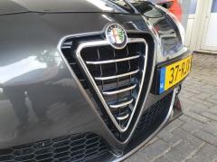 Alfa Romeo-Giulietta-2