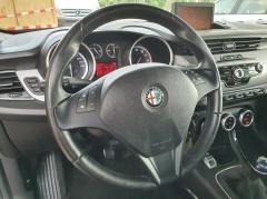 Alfa Romeo-Giulietta-10
